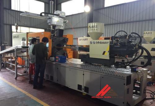Xưởng ép nhựa tại Hà Nội - công ty Hương Sơn