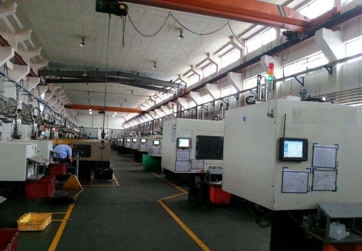 Xưởng Gia công nhựa