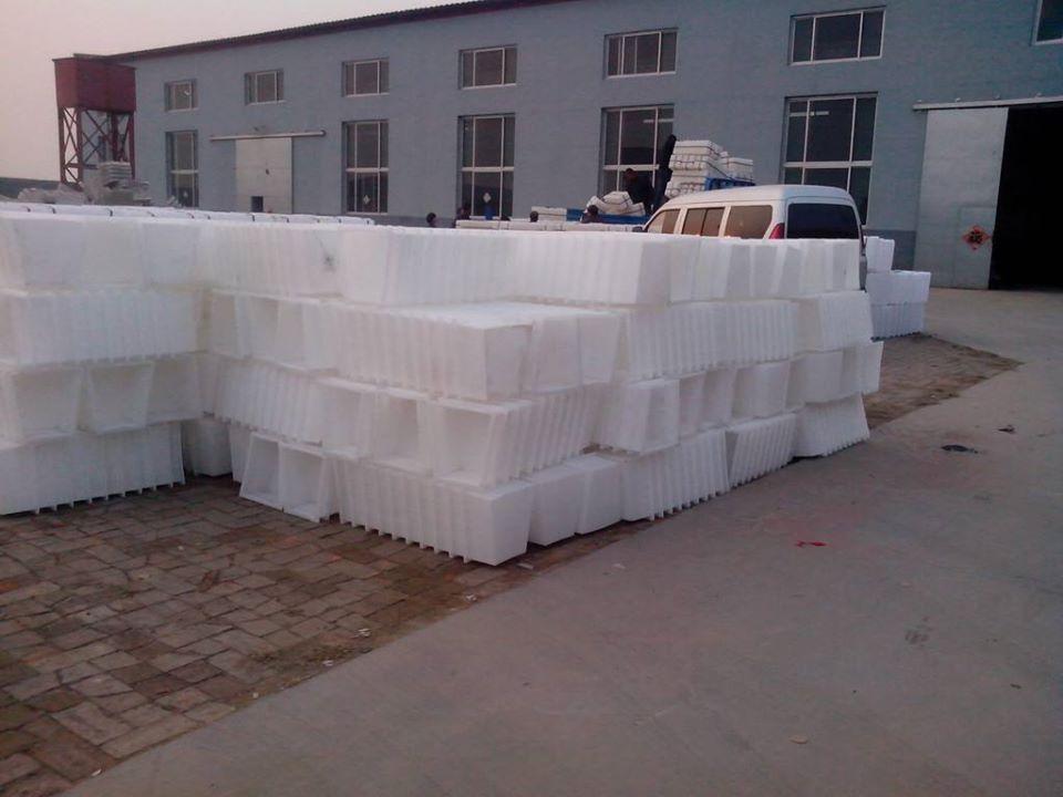 xưởng sản xuất khuôn gạch bê tông