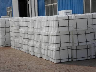 nhà-máy-sản-xuất-khuôn-gạch-Terrazzo-tại-công-ty-nhựa-Hương-Sơn